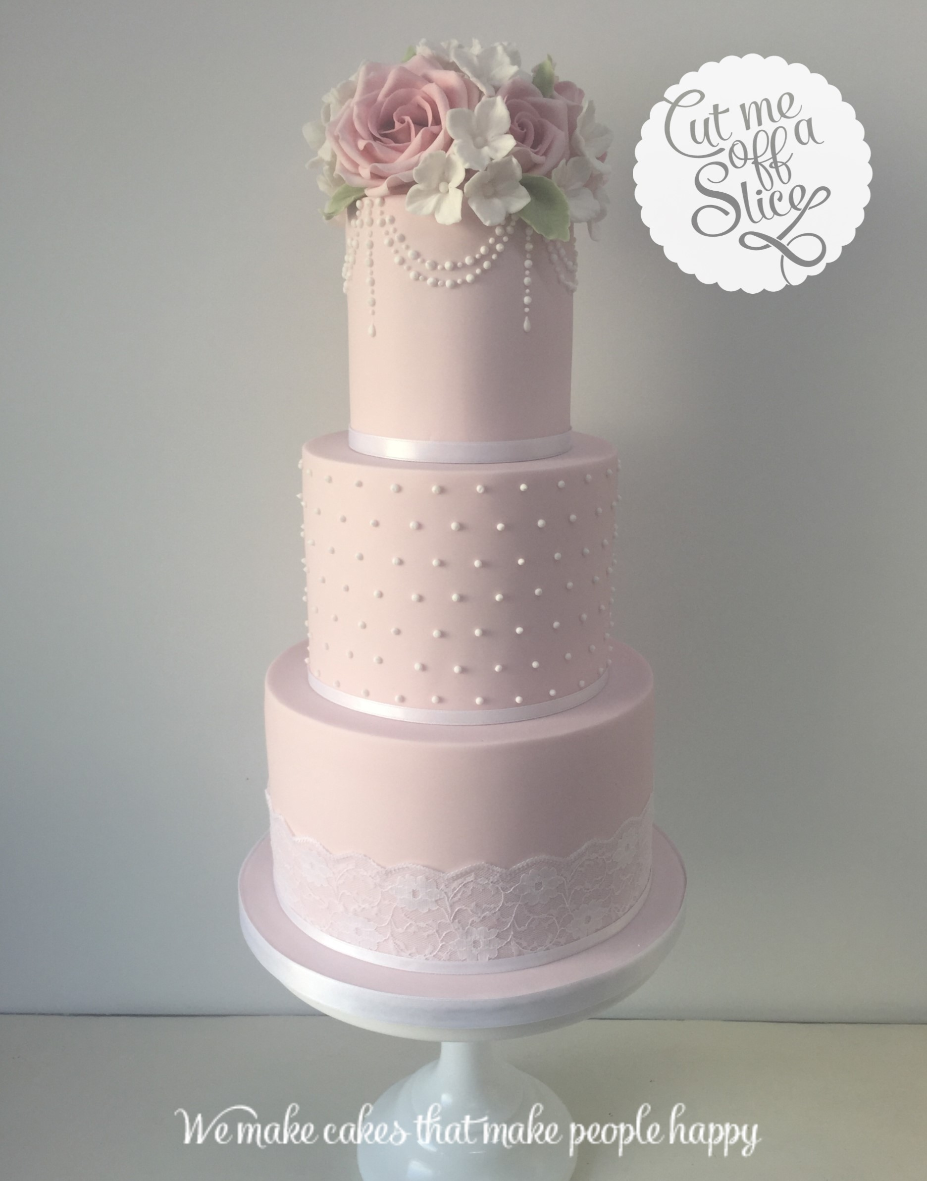 Inspiration for vintage wedding cakes and cupcakes in devon by cut vintage is a trend which will never go off trend below are some of our favorite vintage style cakes and cupcakes junglespirit Images